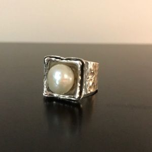 Hammered sterling and fw pearl ring